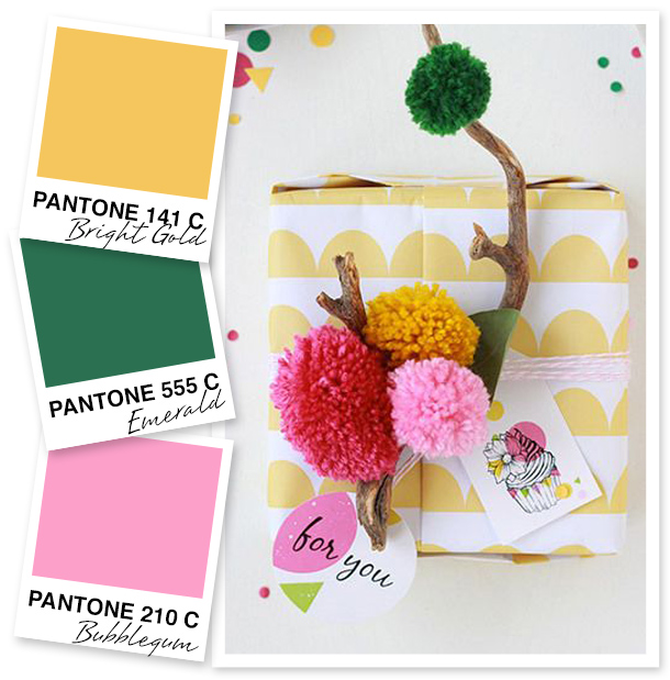 This color palette of gold, green, and pink is so cheerful!